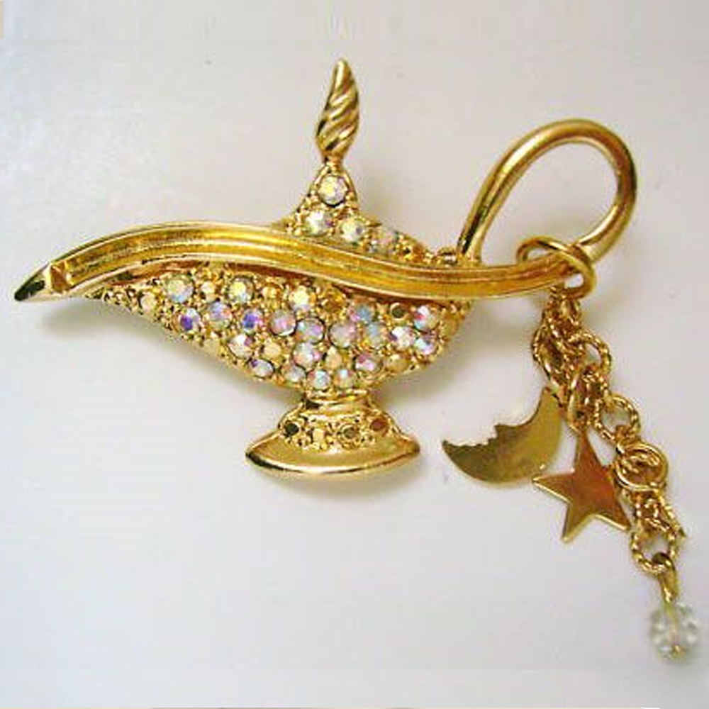 Kikrs Folly Aladdin Lamp Gold Pin