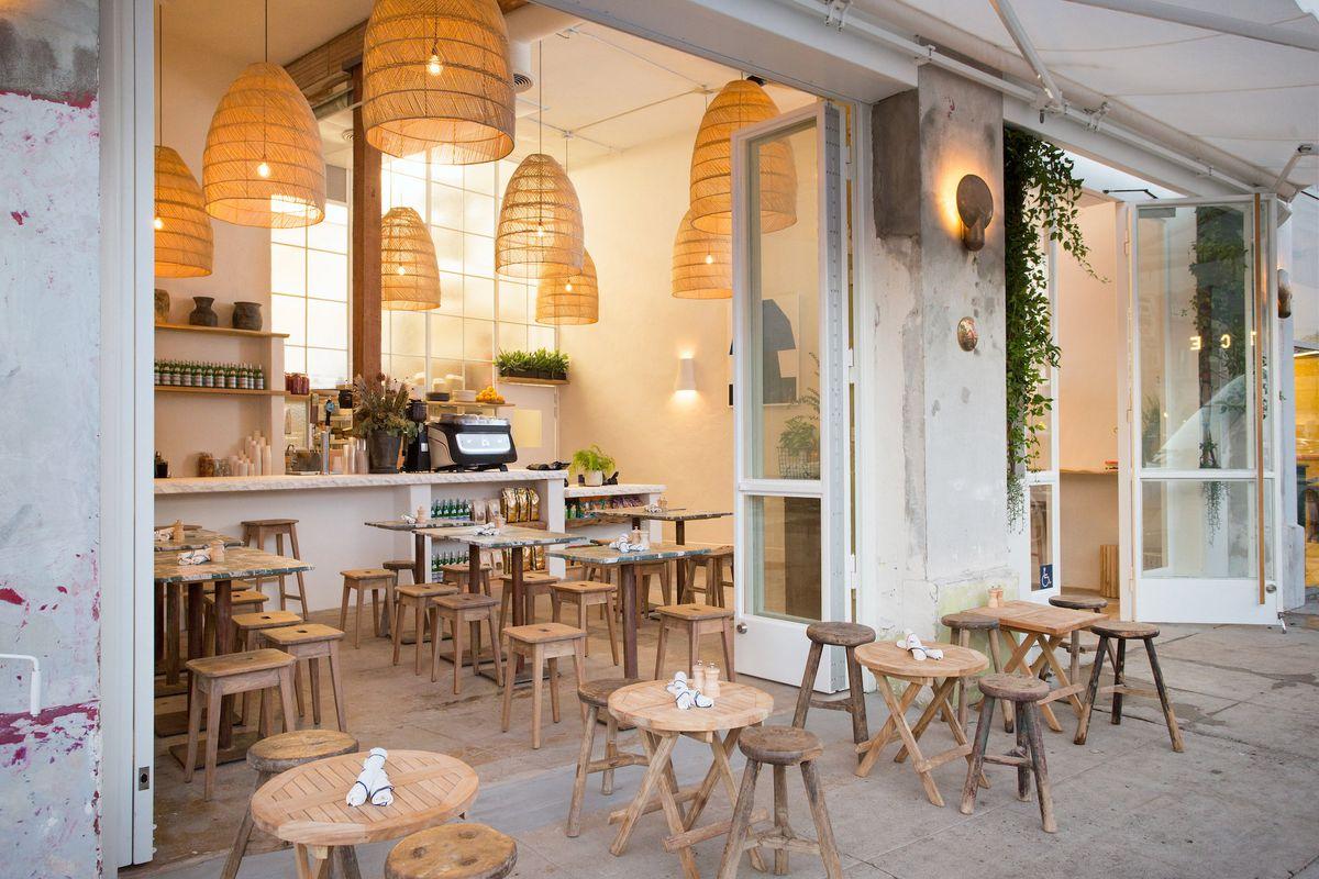 Great White Venice Cafe Restaurant Interior