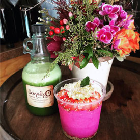 Simply Organic O Juice Bar Green Juice and Pink Pitaya Bowl