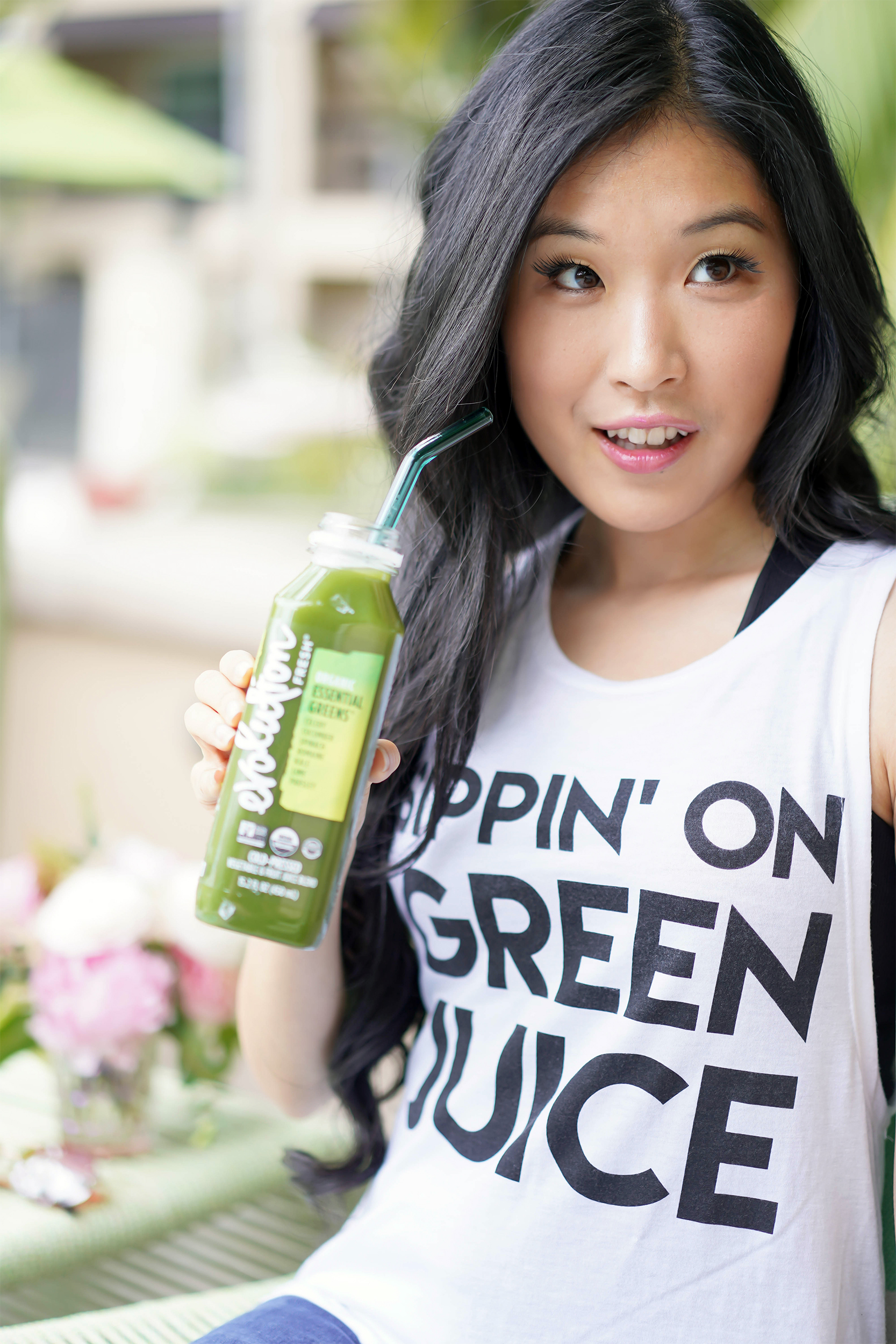 Top 5 Friday Best Green Juice, Sippin' on Green Juice Tank with Evolution Bottled Green Juice