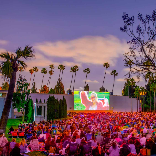 Cinespia, Hollywood Forever Cemetery