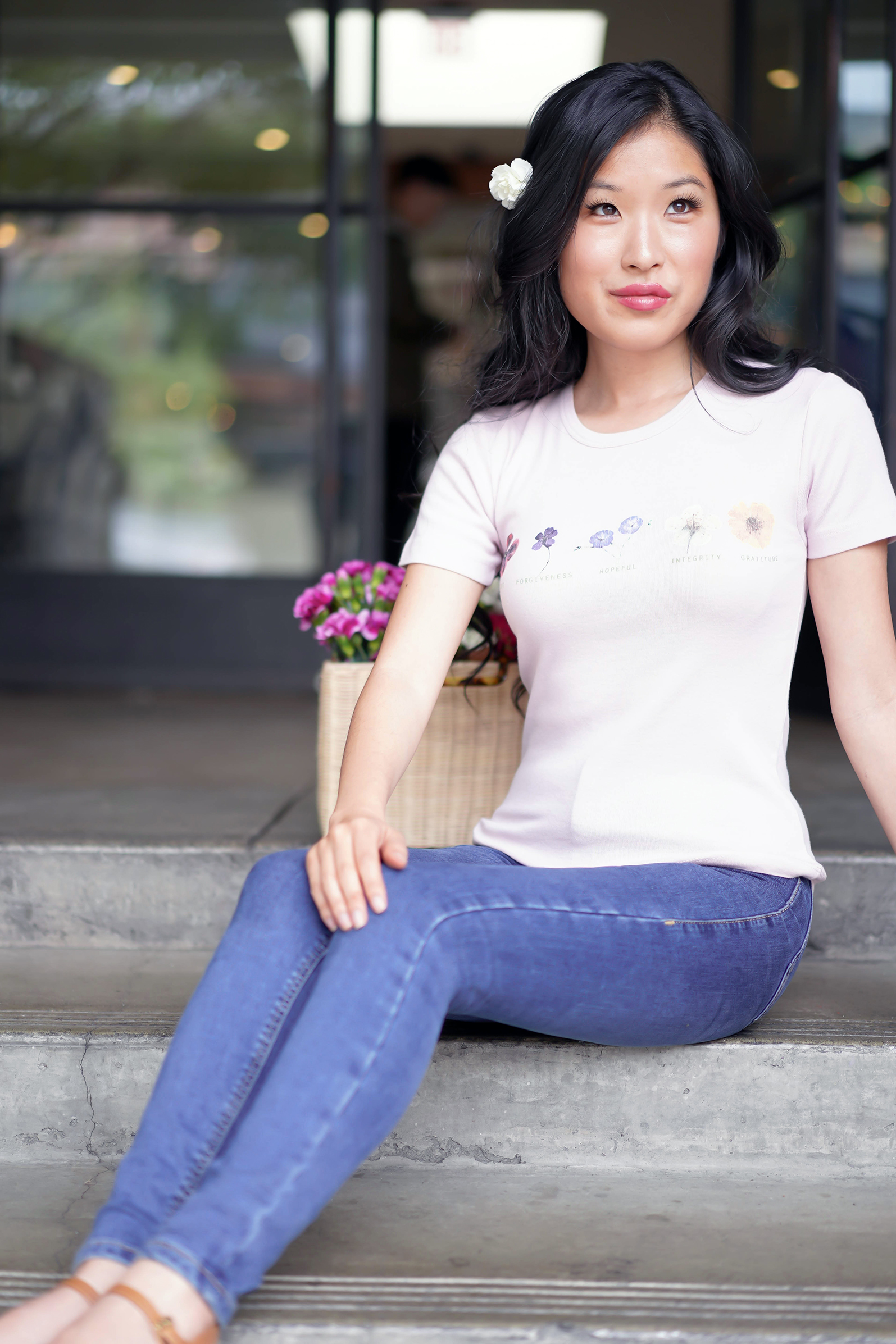 Urban Outfitters Flower Chart Baby Tee in Pink