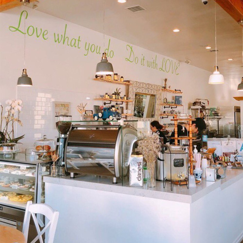 Green Table Cafe Do It With Love Interior