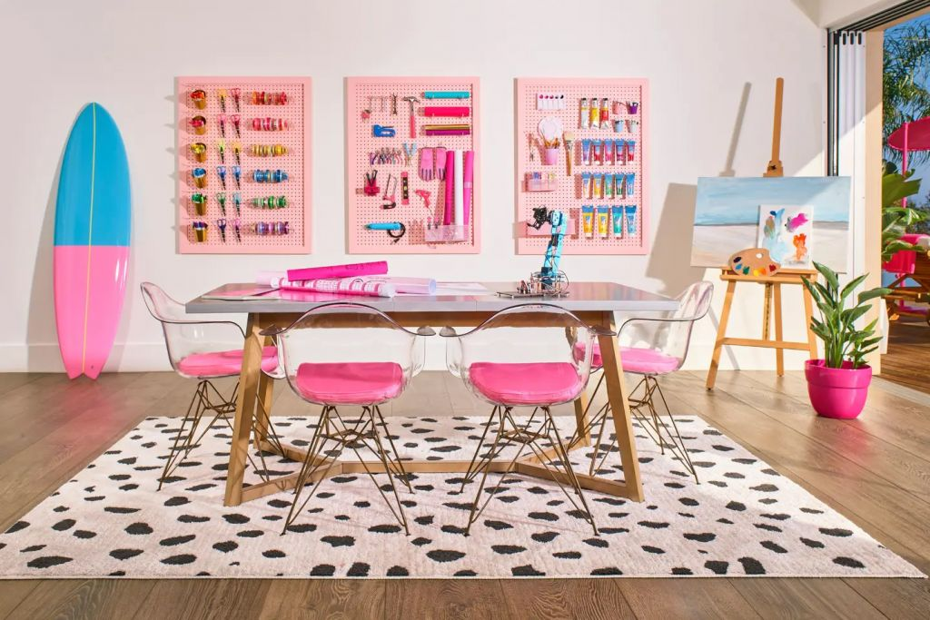 Barbie Malibu Dreamhouse Hobby Room Airbnb