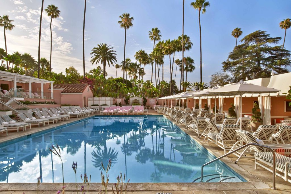 The Beverly Hills Hotel - The Pool and Pink Exterior