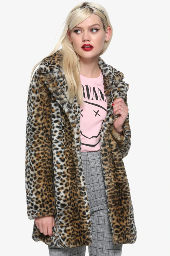 Hot Topic Leopard Print Faux Fur Girls Jacket