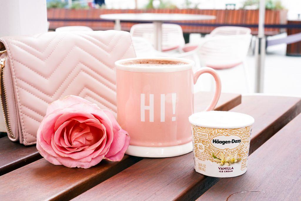 George's Cafe Hot Chocolate in Hi Pink Mug with Haagen-Dazs mini vanilla ice cream