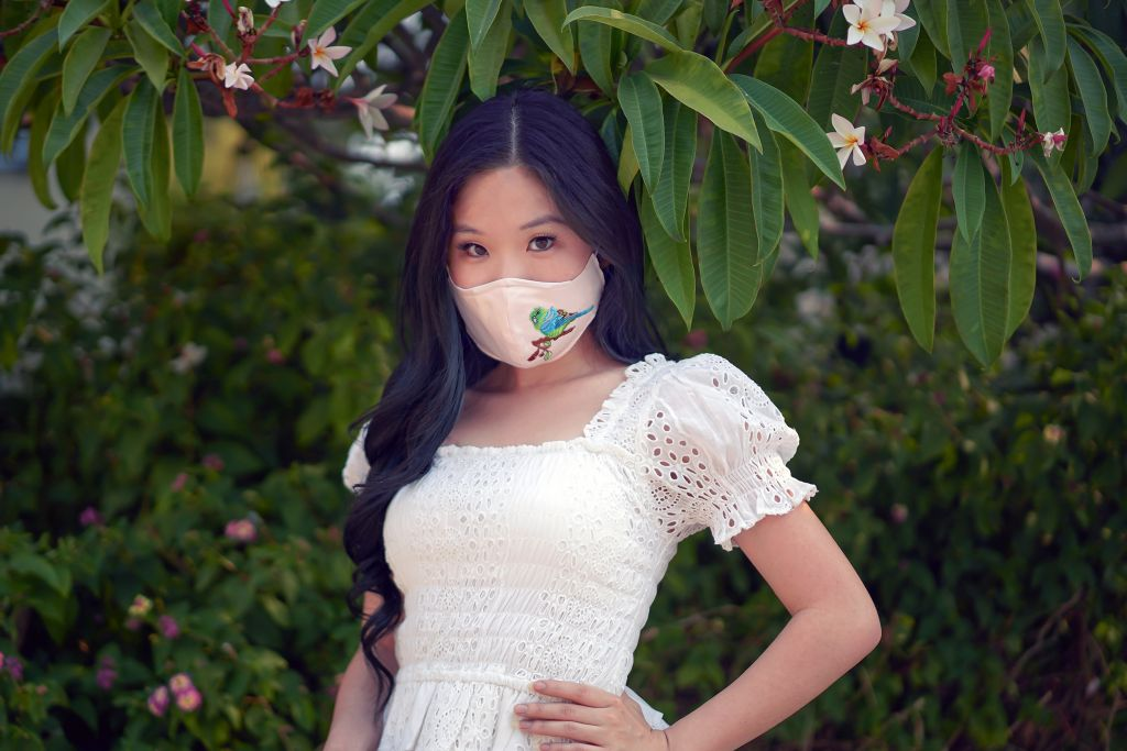 Yumi Chen Parakeet Bird Pink Mask with ASTR Retreat Eyelet White Top
