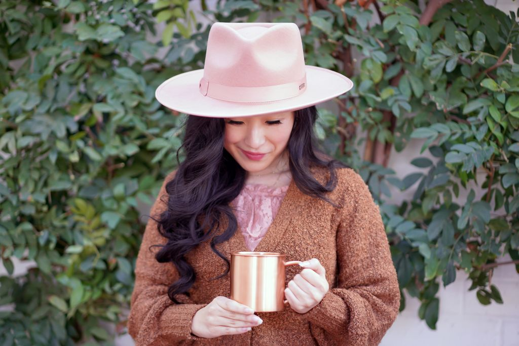 Gigi Pip Monroe Rancher Dusty Pink hat, Hooked Up by IOT Juniors' Textured Button-Front Cardigan in Teddy Bear Brown Color, Copper Mug