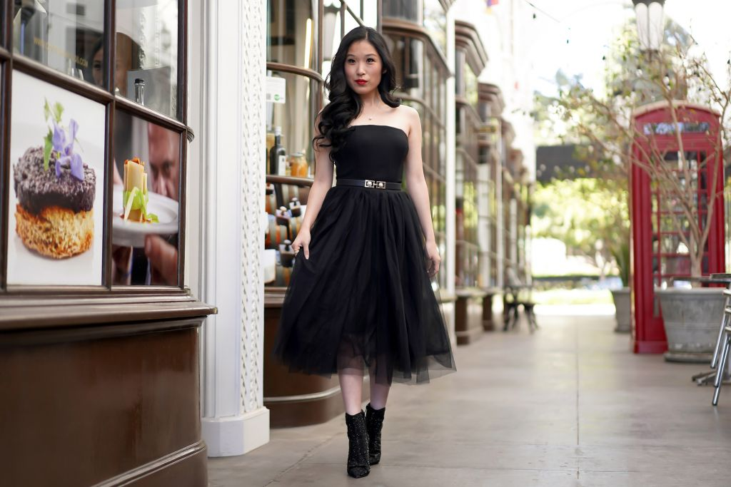 White House Black Market Black Ponte Bustier, Morning Lavender Eloise Tulle Skirt in Black, Faux Pearl Belt, Single pearl necklace