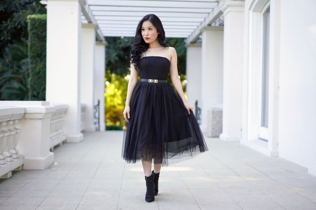 Emily Inspired Fashion, Emily In Paris Tulle Skirt Bustier Look, White House Black Market Black Ponte Bustier, Morning Lavender Eloise Tulle Skirt in Black, Faux Pearl Belt, Single pearl necklace
